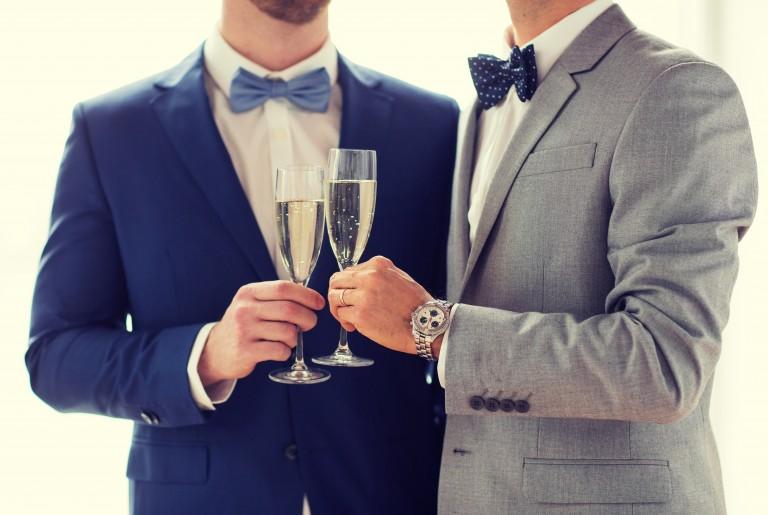 Las oportunidades vienen disfrazadas en una persona, o en este caso, en un hombre adinerado.